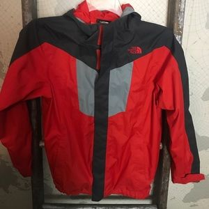 The North Face Hyvent Jacket L 14/16 EUC